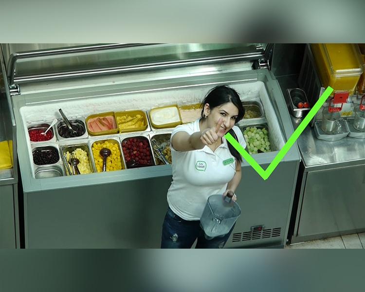 ריבאר – סרט הדרכה לעובדים חדשים – שימוש בבלנדר והכנת משקה