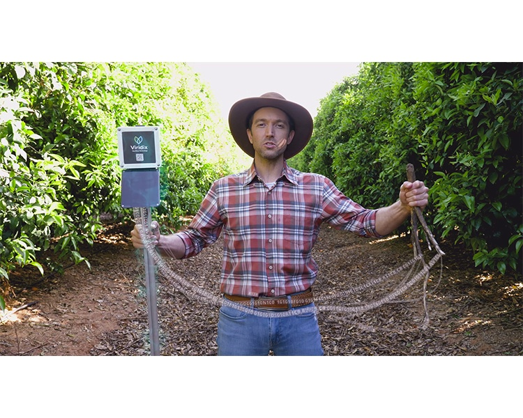הפקת סרטוני תדמית עבור Viridix – מהפכה בהשקייה, סנסורי iOT מעדכנים את החקלאי מתי היבול צמא