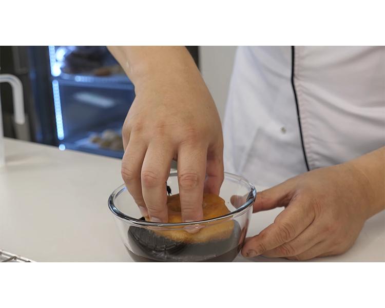תכנית בישול, סרטון מוצר לחברת מזון בשם פוליבה למוצר -פונדנט